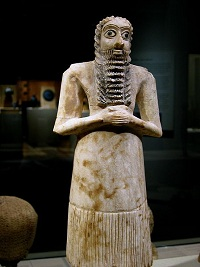 448px-Mesopotamia_male_worshiper_2750-2600_B.C